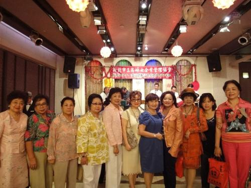 **9th Sep. 2011 : New Taipei City Branch of TWEA held the Moon Festival Celebration Banquet. **2011-09-09新北市分會舉行中秋聯歡會